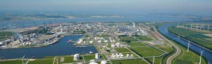 Antwerpen, im Norden von Belgien, ist der zweitgrößte Produktionsstandort der BASF. Der Verbundstandort steht in direkter Verbindung mit der Nordsee, dem Antwerpener Hafen und dem europäischen Hinterland.  BASF Antwerpen ist ca. sechs Quadratkilometer groß und zählt 50 Produktionsanlagen, verteilt über 15 integrierte Wertschöpfungsketten.