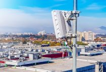 BASF's plastic additive Tinuvin® 360 enables outdoor 5G base stations to withstand weathering and degradation by intense sunlight, thus maintaining stable service with extended life span.