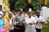 Jaywant Dattatray Sutar, Mayor of NMMC, cutting the ribbon to unveil the Water ATM in Navi Mumbai.