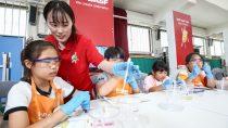 수원에서 개최된 어린이 화학 실험교실 바스프 키즈랩