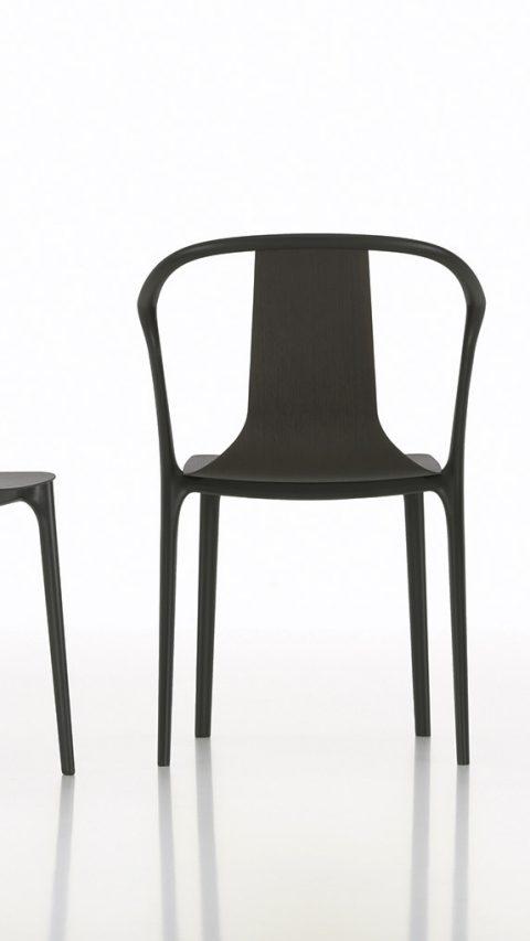Belleville – ein technisch raffiniert aufgebauter Kunststoffstuhl / Belleville – a technically sophisticated plastic chair design