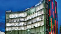 2012 - BASF Mexicana dedicates its newly renovated regional headquarters in Mexico City.